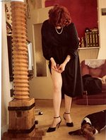 I love stockings specially tose of 1950 with cuban heels and seams  wish yo...