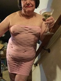 Luv to share a dirty martini with you all then play even dirtier while I dr...